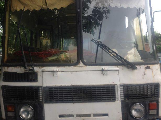 Автобус ПАЗ-3205 с доками можно по з/ч продам