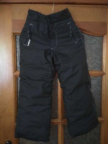 Spodnie zimowe narciarskie ocieplane, 8 lat, jak nowe REZERWACJA