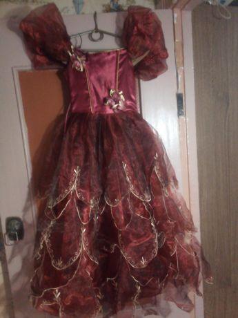 Продам платье на девочку