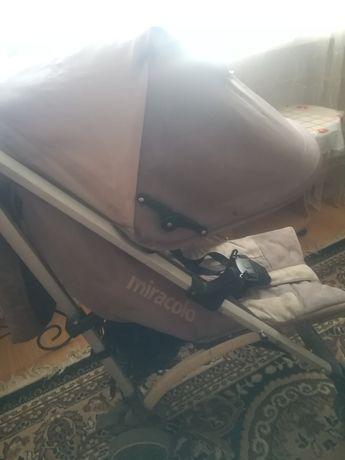 Продам коляску в среднем состоянии
