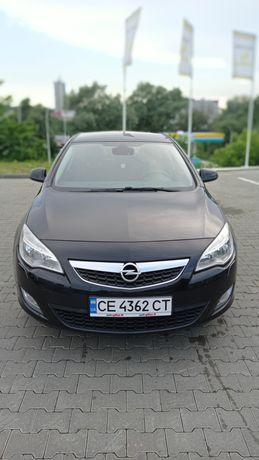 Opel Astra J  продам