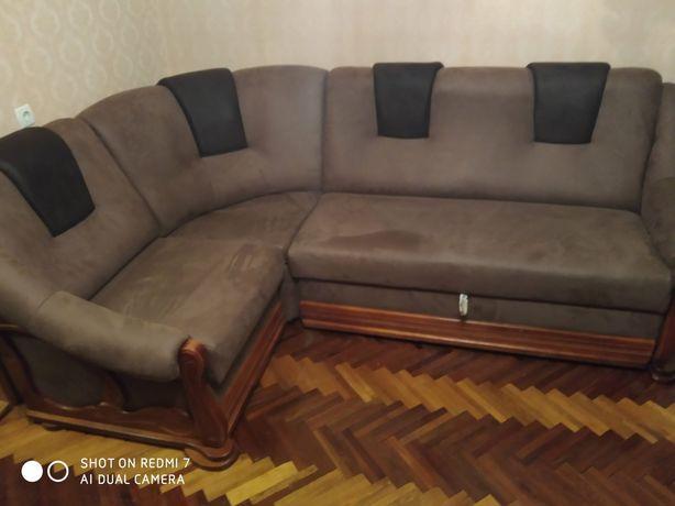 Ремонт меблів:оббивка,заміна пружин,поролону