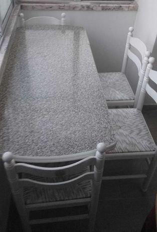 Conjunto de mesa,cadeiras e sofá cama