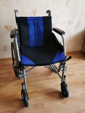 Wózek inwalidzki składany lekki