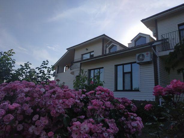 Продам новый дом (район Лесопарка)