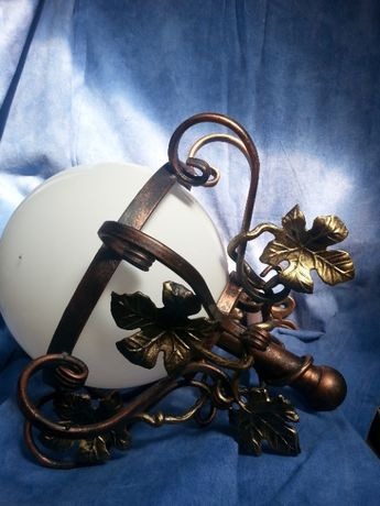 Lampa ogrodowa - metaloplastyka