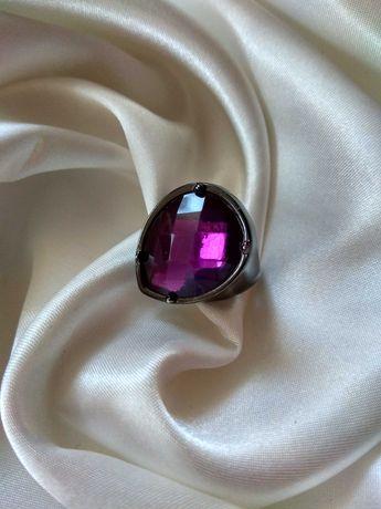 Винтажное шикарное кольцо Англия