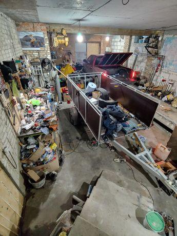Сдаю гараж + ванную