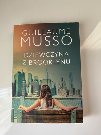 """Książka """"Dziewczyna z Brooklynu"""" Musso"""
