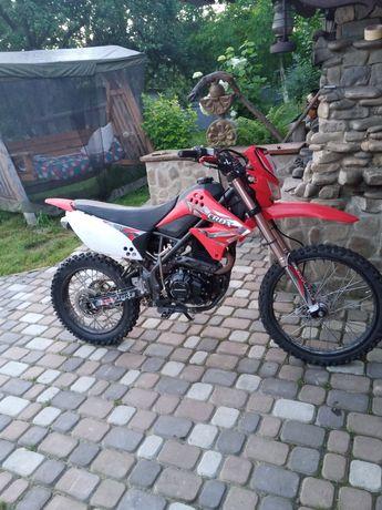 Sky bike CRDX 200