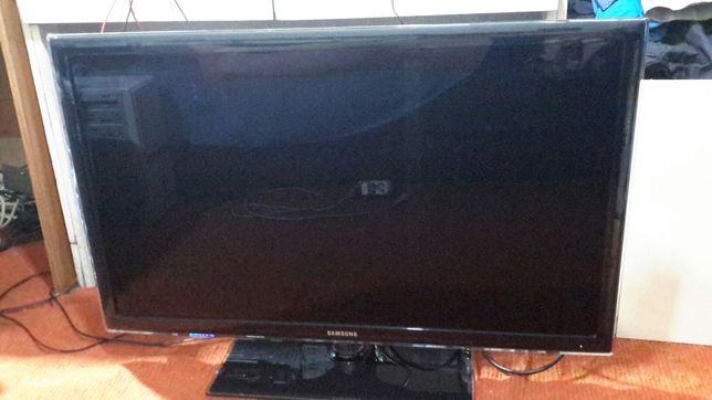 """Продам led TV Samsung 40"""""""