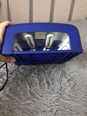 Лампа для нігтів