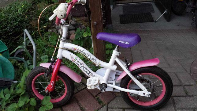 Ładny rowerek dziecięcy, koła 12