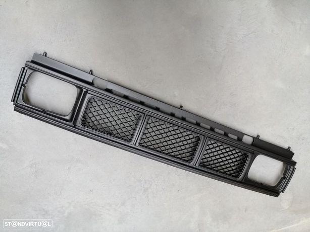 Grelha Nissan Pickup D21 Anos de 1989 até 1992 NOVA