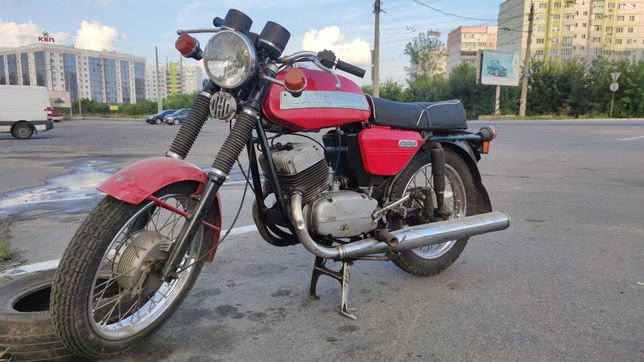 Продам Яву 350 (6 вольтова)під реставрацію