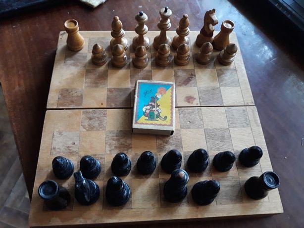 Шахматы , деревянные , 20 х 20 см , СССР , 1959 Г . 600 гр .
