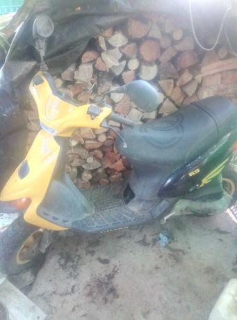 Vendo scooter ou troco