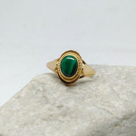 Złoty pierścionek z malachitem / złoto 585