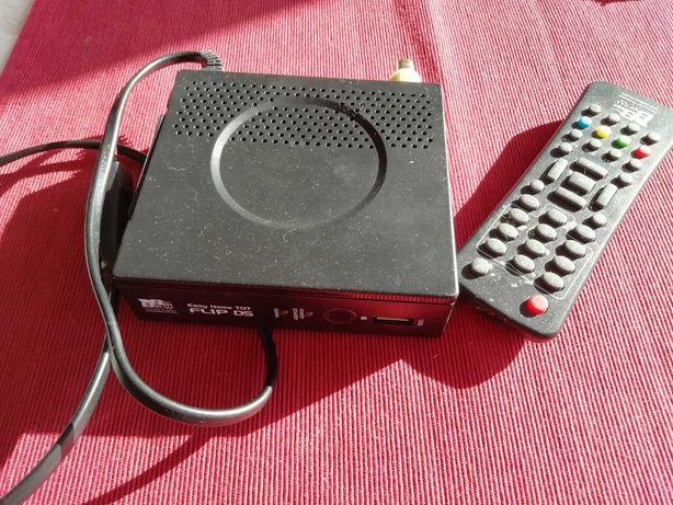 Receptor TDT DVB-T/DVB-T2 saída SCART marca best buy com comando