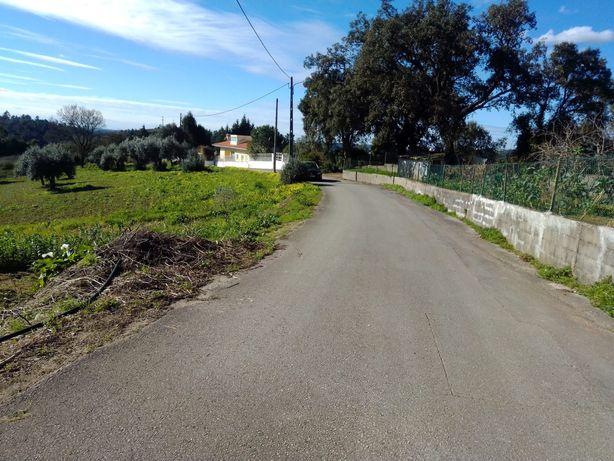 Vende-se terreno em Coimbra, na Redonda perto de Eiras