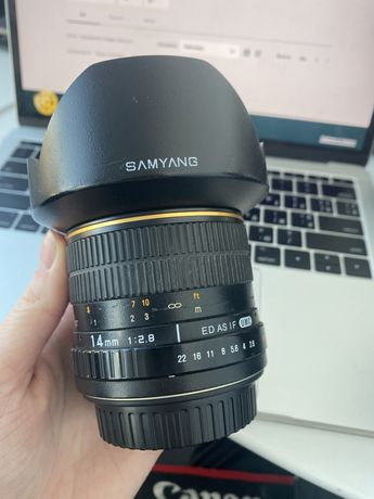 Samyang 14mm f/2.8 ED AS IF UMC на Canon Ef