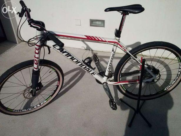 Bicicleta btt cannondale flash f1 sram xx fsa k force magura
