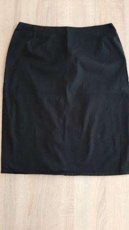 Czarna, ołówkowa spódnica Quiosque, midi rozmiar 40