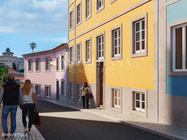 Apartamento T2 entre o Marquês de Pombal e a Baixa