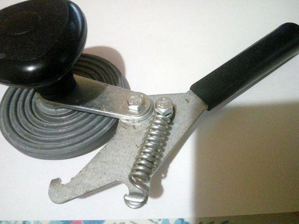 Ключ закаточный для закрытия банок с заготовками,хорошее состояние