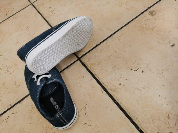 Buty, Nowe buty dziecięce rozmiar 30
