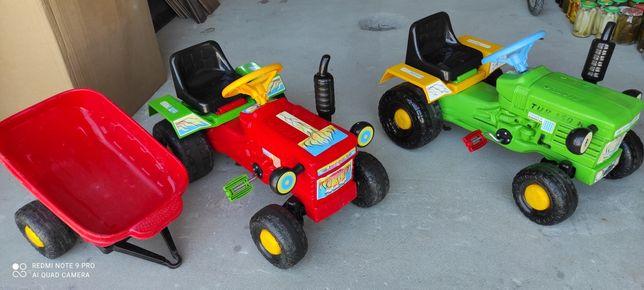 Dwa traktorki plus przyczepka