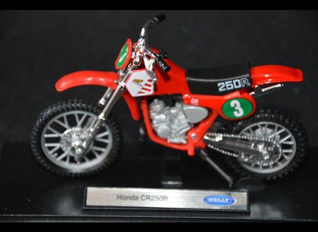 HONDA CR250R model kolekcjonerski 1:18 NOWY