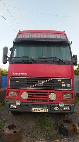 тягач Volvo FH12 420