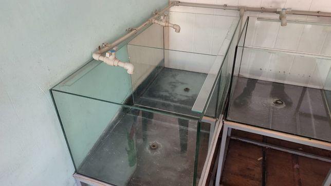 Продам б/у аквариумы