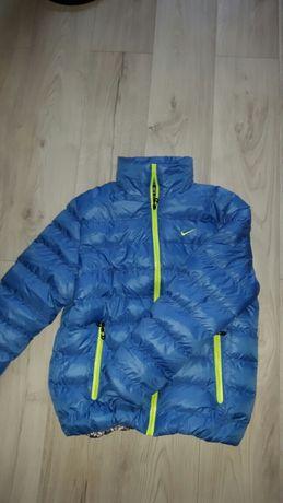 Kurtka jak nowa Nike niebieska z zielenią wiosenno/jesienna