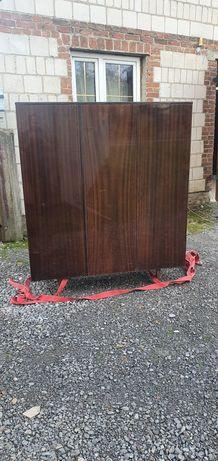 Stara szafa trzy drzwiowa