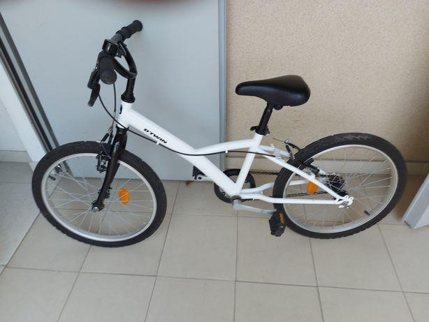Bicicleta criança Btwin Decathlon.