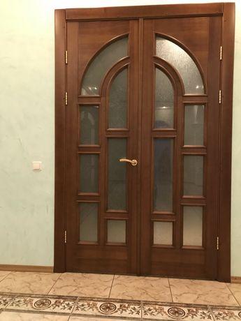 Деревянные двери,окна,лестницы,мебель.