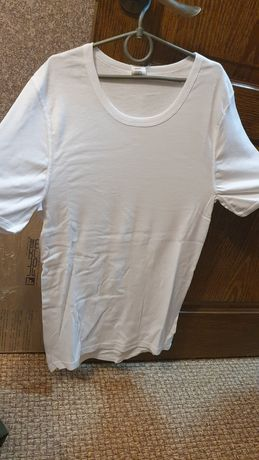Белье мужское, футболка белая. Нижнее белье