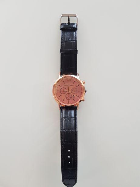 Zegarek Emporio Armani datownik złoty, czarny pasek
