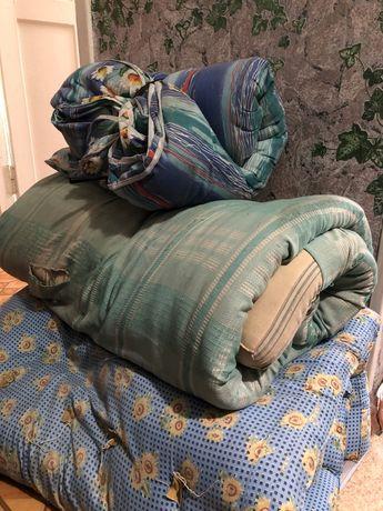 Продам 2 матраца и одеяло для дачи
