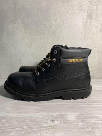 Оригинальные зимние ботинки 38 размера