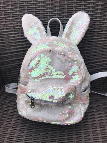 Plecaczek dla dziewczynki z cekinami