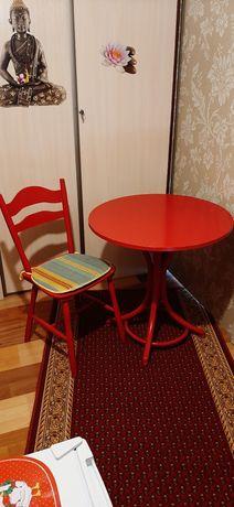 Stół okrągły do kuchni