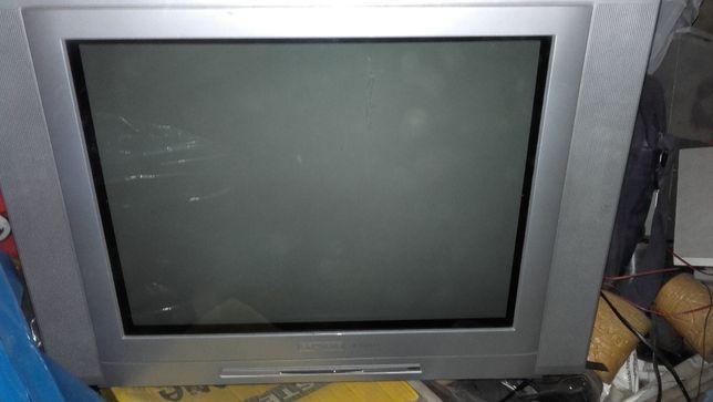 Telewizor Grundig Używany Sprawny Płaski Ekran 21'' cali