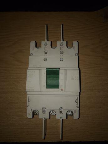 Автоматический выключатель BZMB2-A250 250 A, трёхполюсный,