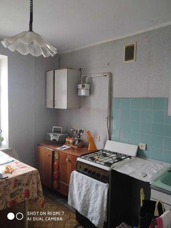 Продаж  3 кім квартири у цегляному будинку