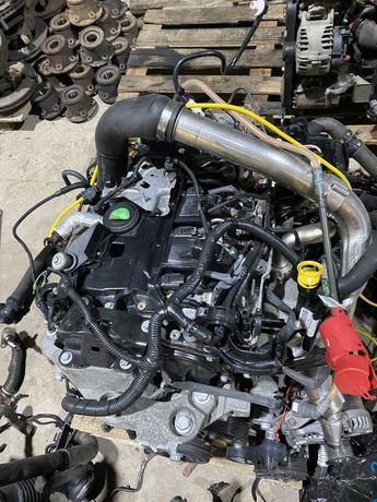 Двигатель Битурбо Рено Мастер 3 Опель Мовано двигун Мотор Розборка