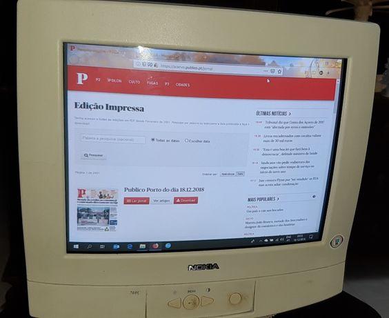 Monitor de PC NOKIA 700 C + teclado (16 polegadas)+cabo VGA+ scanner