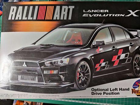 Kit Colecionador Modelismo Aoshima LANCER EVOLUTION X RALLIART